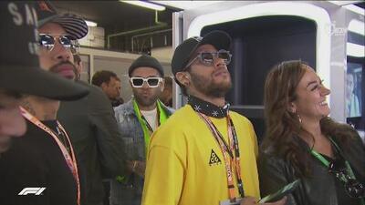 ¡Espectadores de lujo! Neymar y Dani Alves no se perdieron el Gran Premio de España
