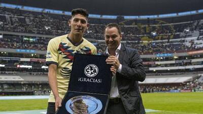 Despedida de Campeón para Edson Álvarez