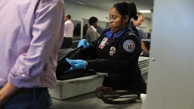 TSA estudia la eliminación de la revisión de pasajeros en unos 150 aeropuertos de EEUU