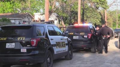 Balacera deja a una persona herida al oeste de San Antonio
