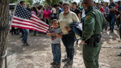 Trump impulsa nueva medida para restringir el derecho de asilo a quienes llegan por la frontera sur