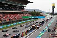 Lewis Hamilton se lleva el Gran Premio de España de la Formula 1. El piloto británico compartió el podio con Max Verstappen de Red Bull, quien cumplió su carrera número 100 y Valtteri Bottas de Mercedes Benz, quien quedó en tercera posición. El mexicano Sergio Pérez obtuvo la quinta posición.