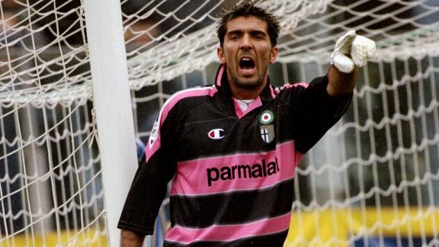 Gianluigi Buffon recordó junto a Hristo Stoichkov sus inicios como profesional en el Parma