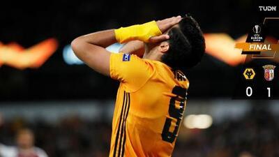 ¡Cazaron al lobo! Jiménez y Wolverhampton cayeron en Europa League
