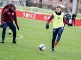 Eugenio Pizzuto tiene COVID-19 y posterga más su debut con el Lille