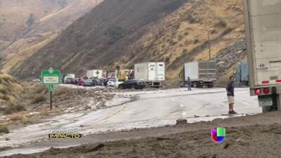 Devastadores deslaves en California