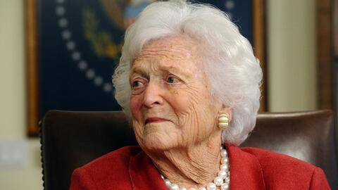 """""""Defensora de las familias estadounidenses"""": Donald Trump lamenta la muerte de Barbara Bush"""