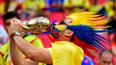Desde Colombia, los hinchas también demostraron su alegría tras el triunfo ante Polonia