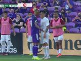 Nani y Ezequiel Barco se encaran y hasta Josef Martínez se involucra