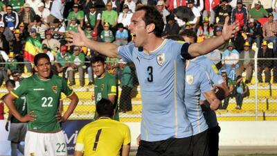 Bolivia 0-2 Uruguay: Los 'Charrúas' arrancan su camino a Rusia con victoria sobre Bolivia
