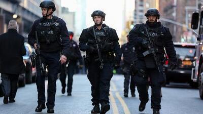 """""""Escuché una explosión fuerte y empezó a salir mucho humo"""": Testigo del ataque fallido en Nueva York"""