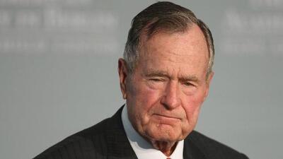 El expresidente George HW Bush es hospitalizado