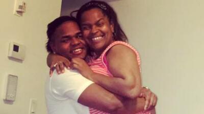 """Dominicana en El Bronx pide justicia """"porque mi hijo no estaba en nada malo"""""""