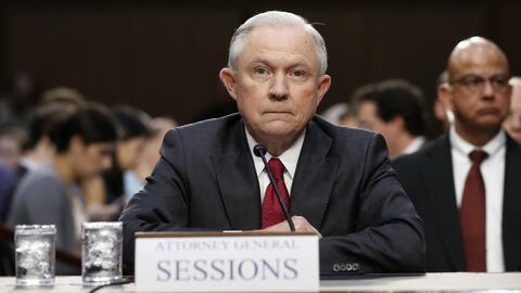"""Sessions ante el Comité de Inteligencia: """"No tengo memoria de haberme reunido con el embajador ruso"""""""