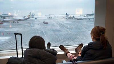 Se cancelan miles de vuelos por el mal clima en Estados Unidos