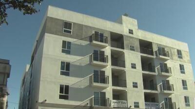 Final feliz para las familias que recibieron órdenes de desalojo en este vecindario de Los Ángeles