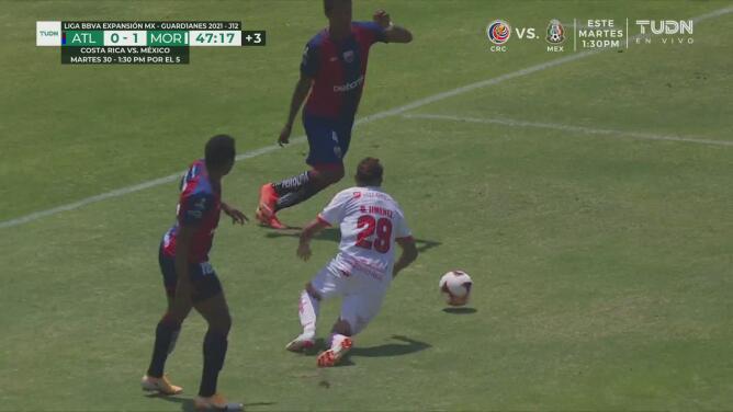 ¡Ejemplar! Diego Jiménez consigue el penalti y confiesa que no fue falta