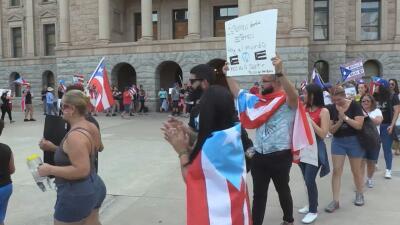 Puertorriqueños en Arizona piden la renuncia del gobernador Ricardo Rosselló