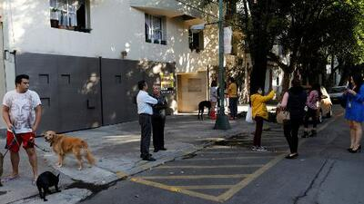 Un fuerte sismo de magnitud 5,7 encendió las alarmas en México este jueves
