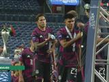 Carlos Salcedo se niega a usar la medalla de subcampeón de México de Nations League