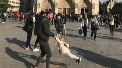 Terminó la búsqueda del padre e hija fotografiados frente a Notre Dame minutos antes del devastador incendio