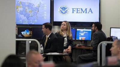 """""""No bajar la guardia"""", la recomendación de FEMA a personas en riesgo por el huracán Dorian"""