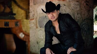 Julión Álvarez planea grabar disco de duetos