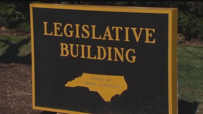"""Concluyen trabajos del """"Crossover Day"""" en la Asamblea General de Carolina del Norte"""