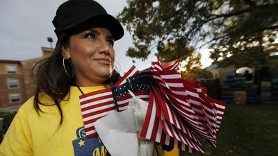 Millones de latinos eligen alcalde este martes