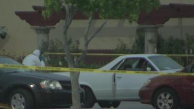 Tiroteo en un estacionamiento del sur de California deja a una persona fallecida