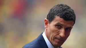 Tras derrota ante el Barça, el Valencia destituyó al técnico Javi Gracia