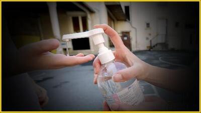 Gel antibacterial está siendo usado por niños y adolescentes para emborracharse