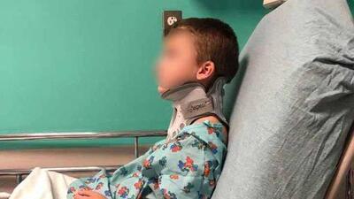 Niño sufre lesión cerebral tras ser atacado en el baño de su escuela, asegura su familia