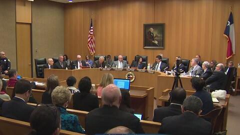 Comisionados aprueban una moción para iniciar con la primera etapa del proceso legal contra ITC