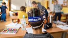 """""""Nos hemos preparado mucho para reabrir"""": distrito escolar de Los Ángeles a padres con menores en educación especial"""