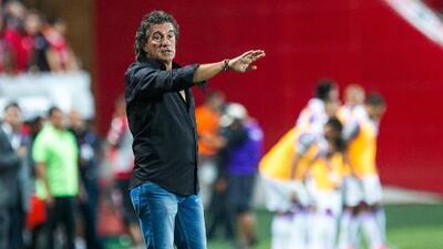 Rubén Omar Romano, a una firma de convertirse en nuevo técnico de Atlas