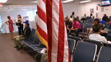 Abogada de inmigración explica: Juez autoriza a embajadas dar citas a solicitantes de residencia que son familiares de ciudadanos
