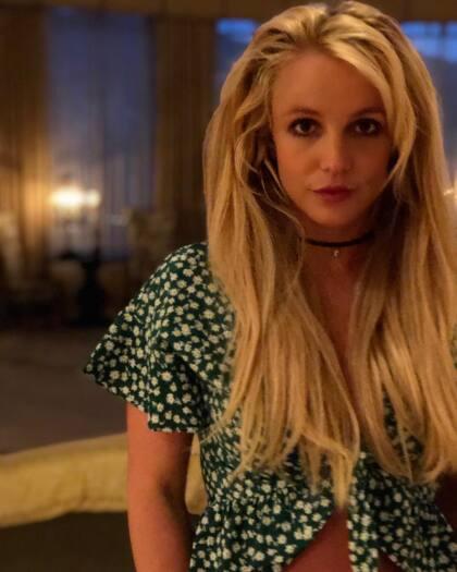 """""""La nueva combinación que probaron hizo que Britney se sintiera inestable, pero su equipo médico ahora confía en que le han funcionado las cosas"""", indicaron las fuentes del portal."""