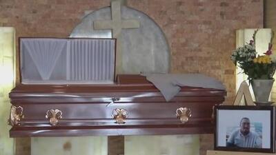 En medio del dolor y el temor, familia y amigos despiden al periodista asesinado en Playa del Carmen