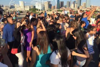 Las locuras de Sal y Pimienta en Dallas