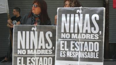 Una niña de 11 años violada y embarazada es forzada a dar a luz tras postergarle un aborto