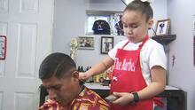 Esta es Alijah Hernández, una niña hispana de 7 años que hace historia con su particular oficio