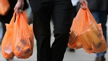 Entra en vigor en Nueva York la ley que prohíbe las bolsas plásticas en supermercados y tiendas