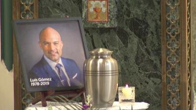 Familiares y amigos le dan el último adiós a Luis Gómez, periodista y presentador de Noticias Univision 41