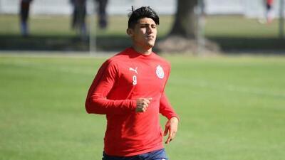 ¡Buenas noticias para Chivas! Alan Pulido está listo para volver