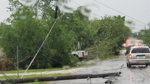Tornados en Texas dejan al menos dos niños muertos y numerosos destrozos