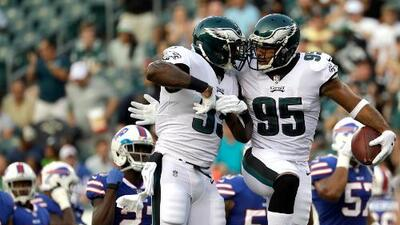 Eagles superan 20-16 a Bills en segundo juego de pretemporada