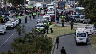 Al menos ocho personas fallecidas durante atentado con carro bomba en una escuela de policía en Bogotá