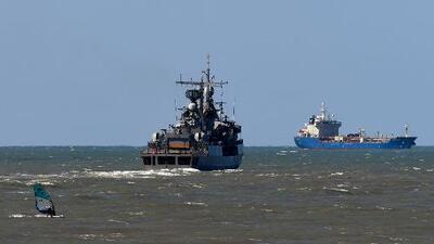 El submarino argentino desaparecido podría haber caído en un abismo oceánico