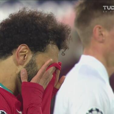 Salah y Wijnaldum dejan ir el primero del Liverpool